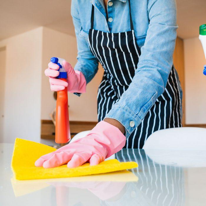 close-up-of-woman-cleaning-her-house-CNZ7F47-osiipsp5qtubwuex4sg65uccv2h2mpyltv152biyjc